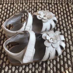 Toddler shoes- size 5.5